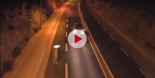 LoL Check out this Human Speed Camera annoying traffic.